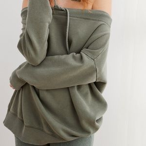 Aerie Off The Shoulder Army Green Pullover XS